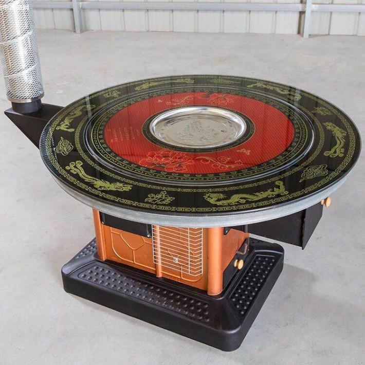 柴火烤火炉性能良好,根据科学的回风原理