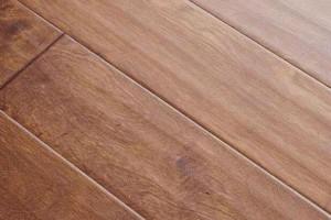 什么牌子的强化木地板比较好?