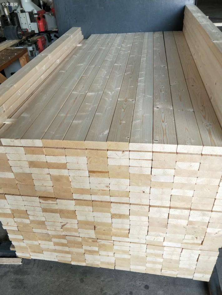 江苏苏州太仓展久贸易有限公司采用优质芬兰云杉