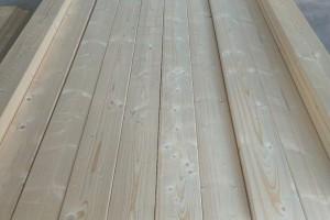 樟子松床板/床档怎么样?樟子松床板/床档味道大和起虫怎么办?