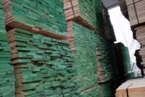 杨木实木板材