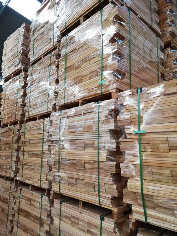 印尼桃花心木板材的特点