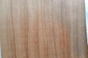 碳化杨木板的优点?炭化杨木板的生产工艺流程?