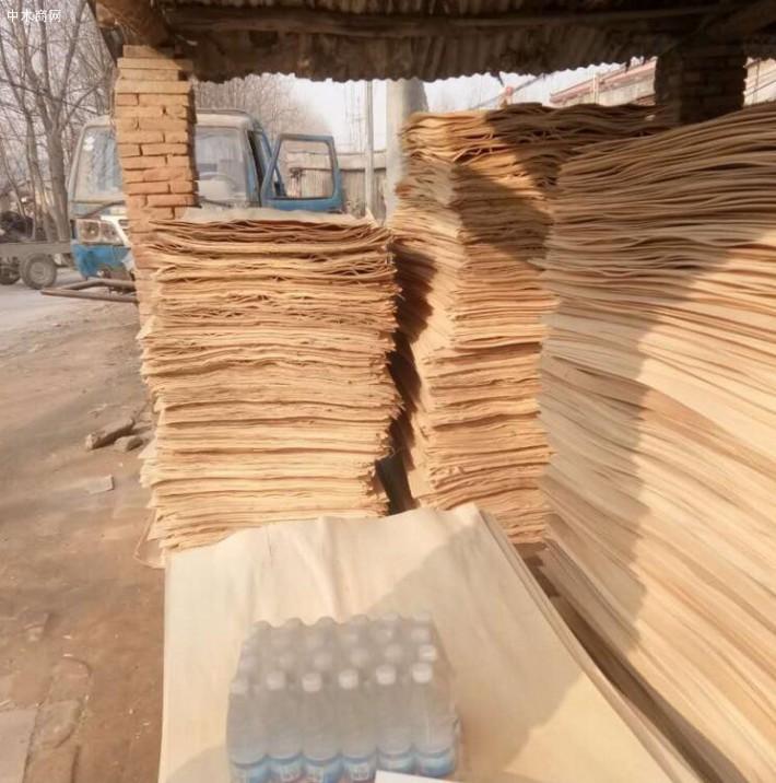 徐州杨木三拼单板皮的优点: