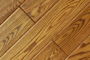 装修时,如何挑选地板?