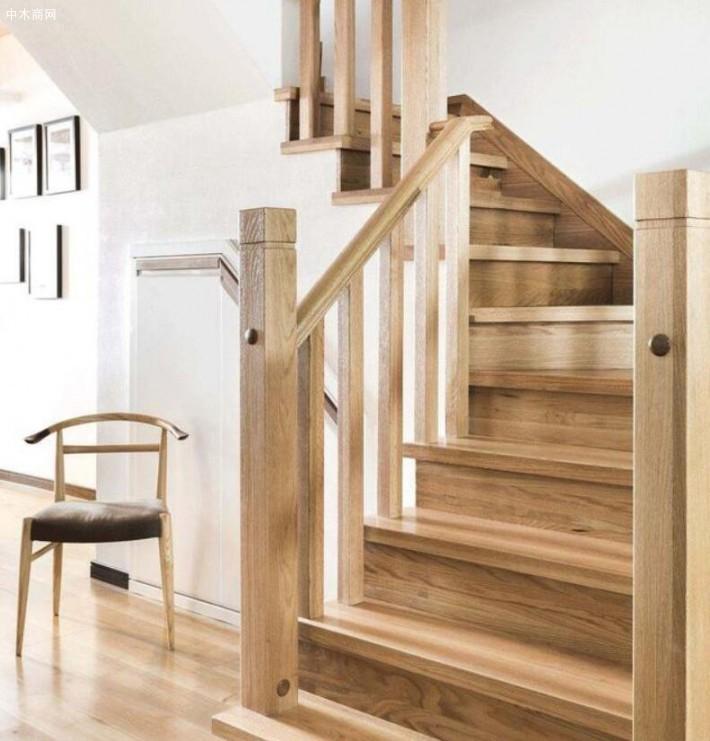 楼梯和栏杆家装配色应该如何选择?-巴里黄檀