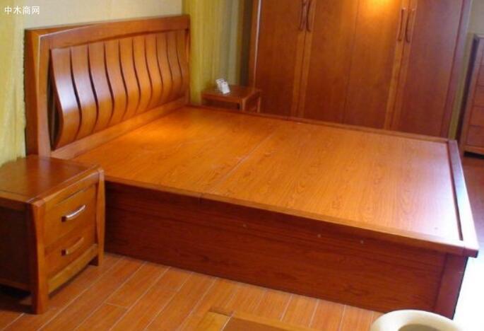 西南桦实木板材是一种非常好的板材