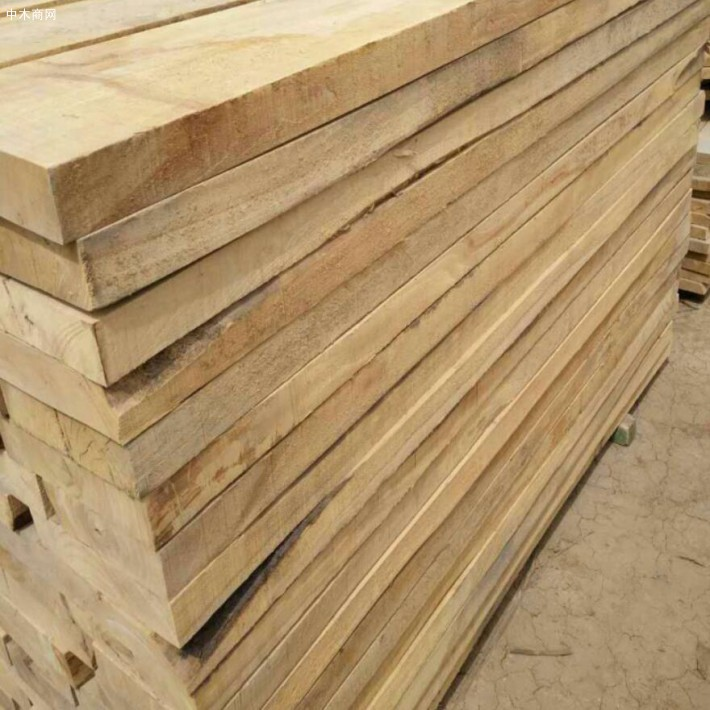 榆木刨光板材质地硬朗