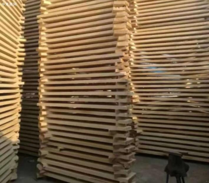 白杨木烘干板厂家图片
