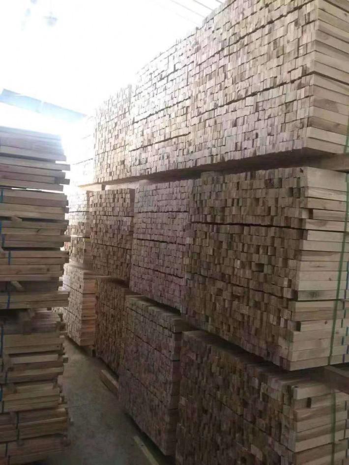 黑龙江牡丹江绥芬河合众木业专业为国内软体家具一线品牌供应家具规格料企业