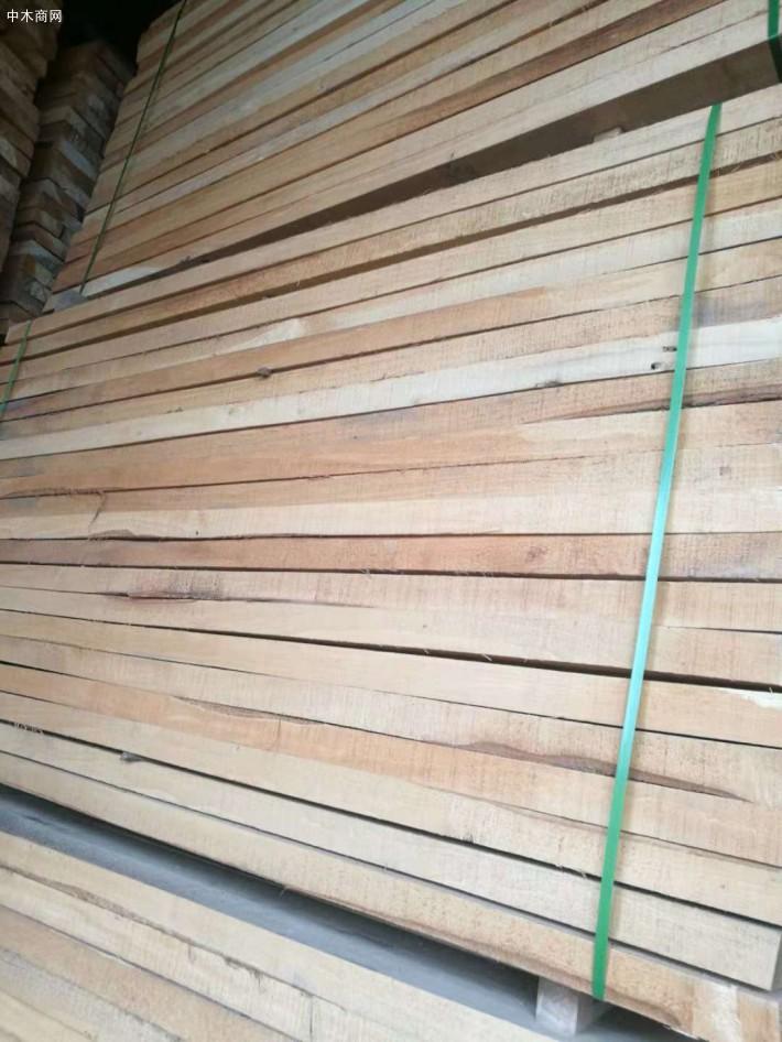 榆木烘干板材的缺点