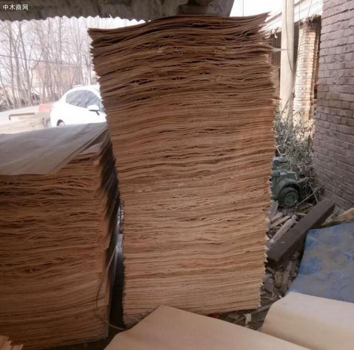 杨木三拼板皮是消耗大量劳动力的产品