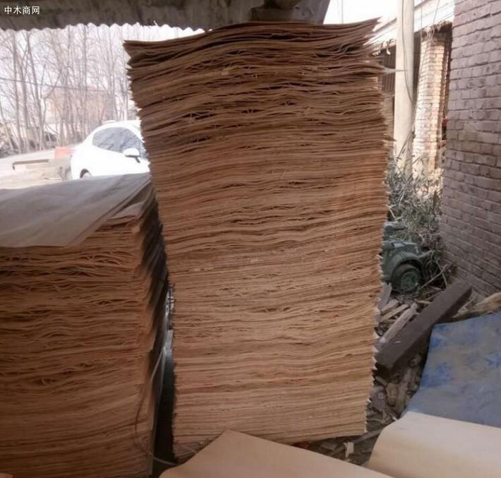 新鲜出炉丰县杨木三拼、夹芯板,杨木三拼板皮大量销售