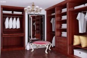 红色的木地板和什么颜色的柜子搭配?