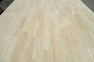东莞市兴富林木业长期供应优质国产橡胶木指接板