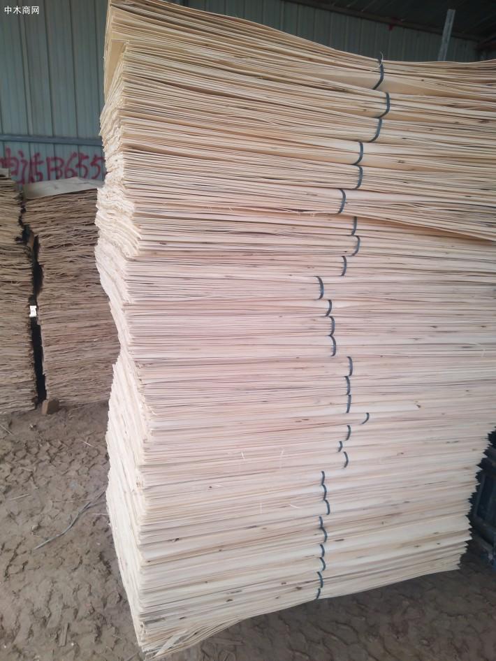 杨木三拼是消耗大量劳动力的产品