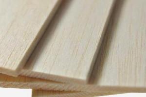 轻木是世界上最轻的木头吗?