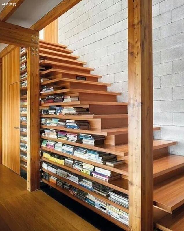 这种造型的楼梯一般直通楼上