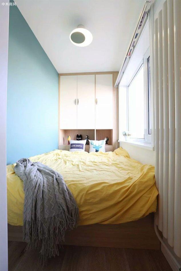 床头灯很喜欢,简单漂亮照明效果也不错