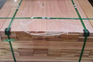 浦北县木业正腾飞 产值超100亿元
