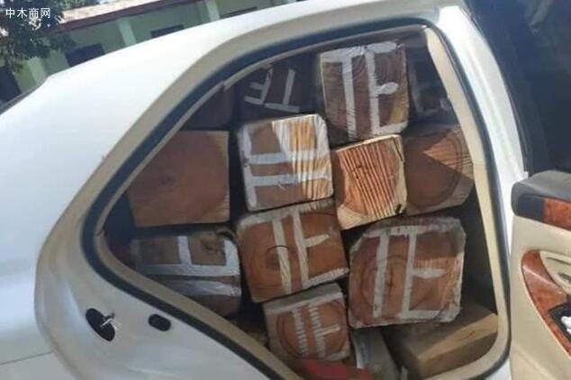 缅甸缴获一车走私酸枝木和花梨木切割料