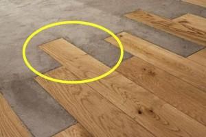 如何让实木地板和水泥地面相结合?