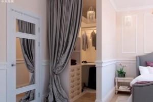 如何在卧室设计步入式衣帽间?