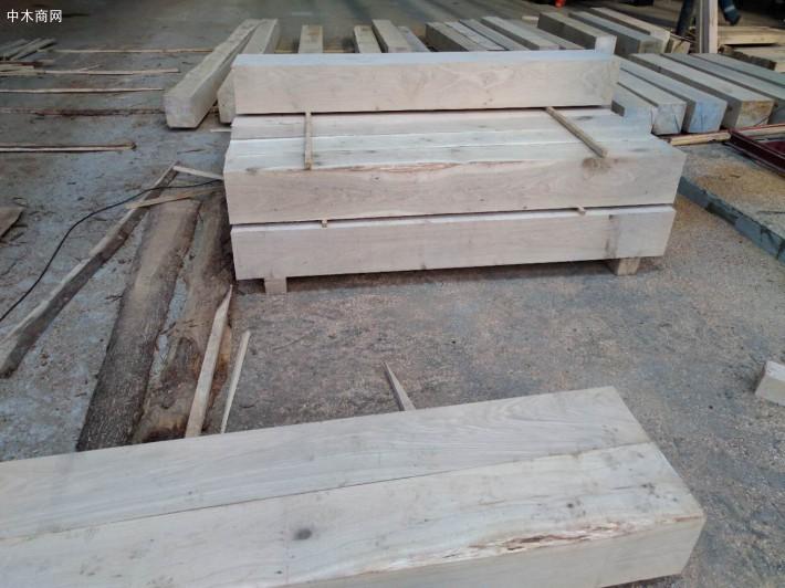 俄罗斯白橡木纯实木家具的缺点
