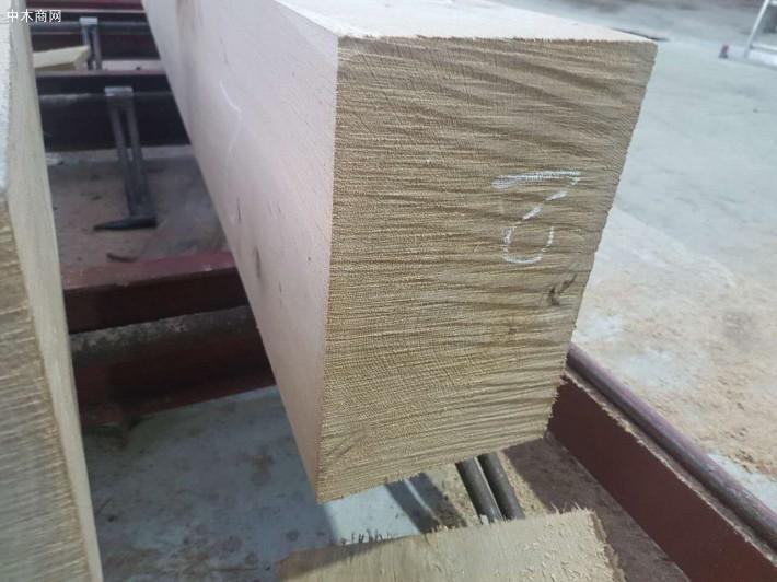 美国红橡。美国红橡木是美国最丰产的硬木木材
