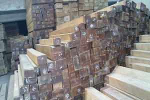优质进口西南桦板材