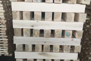 常年供应各种规格出口托盘原料杨木板方