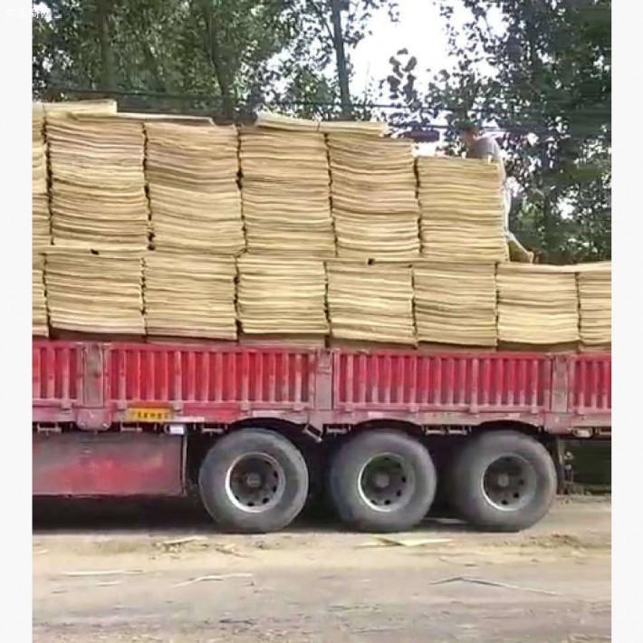 江苏徐州轩畅木业是一家专业生产杨木三拼木皮的品牌企业