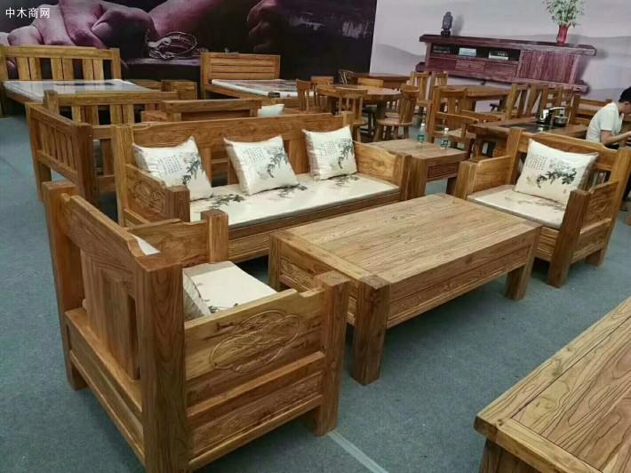 榆木沙发的优点 怎么鉴别榆木沙发?