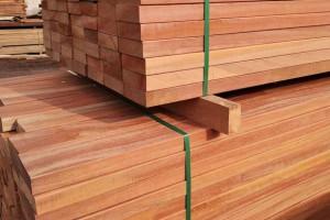 厂家直销高品质柳桉木木条 木方 柳桉实木板材