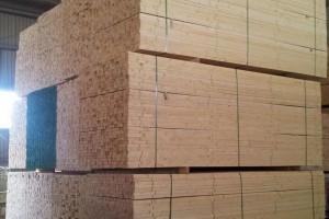 南方松 加松spf  松木板材长期供应