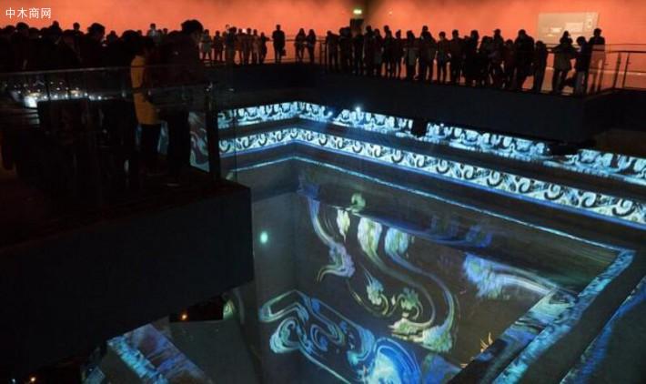 观众参观湖南省博物馆