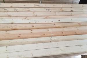 芬兰云杉木板材批发