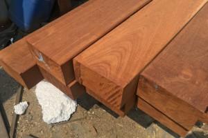 菠萝格防腐木地板价格阳台庭院户外露台碳化木地板印尼进口护墙板
