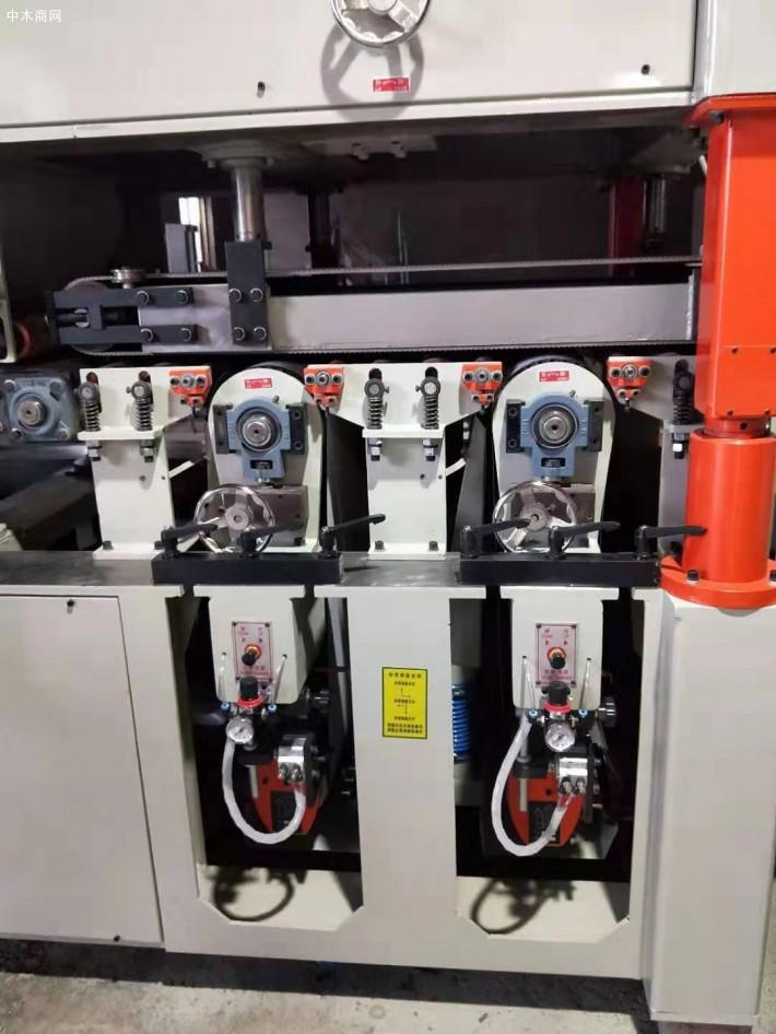 双面砂光机是生产加工机械