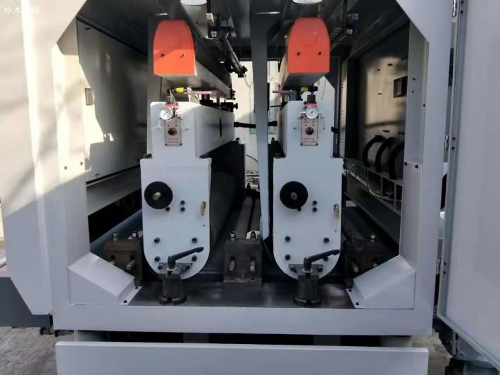 上浮式砂光机是通过机体上下浮动的原理