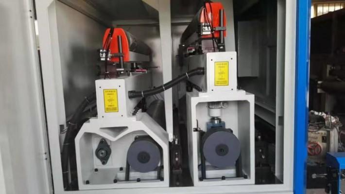 全自动定厚砂光机设备特点