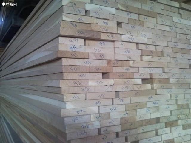 俄罗斯橡木板材做家具的优点