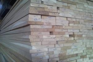 俄罗斯橡木板材加工厂直供