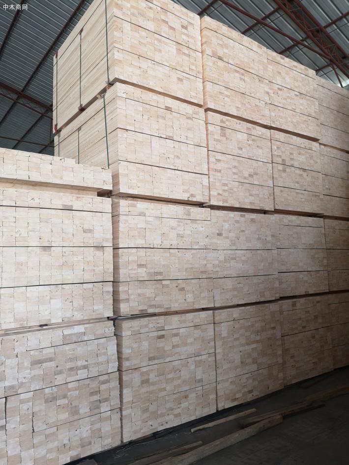 李克强:将制造业等行业现行16%的税率降至13%-名贵木材