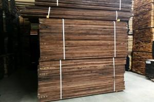 美国黑胡桃木板材厂家批发价格