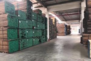 美国黑胡桃木板材产品高清图片