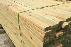 樟子松防腐木地板木方龙骨户外栅栏庭院葡萄架廊架实木板材