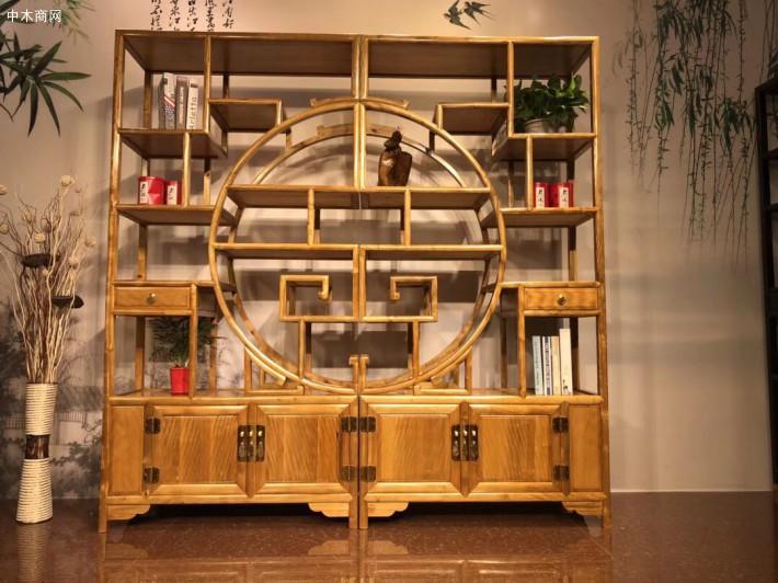 金丝楠木家具之所以能产生如此撼人心魄的魅力