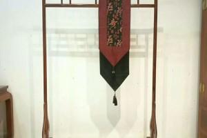 缅甸花梨衣架