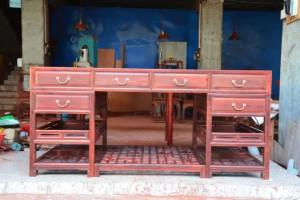 缅甸花梨写字台